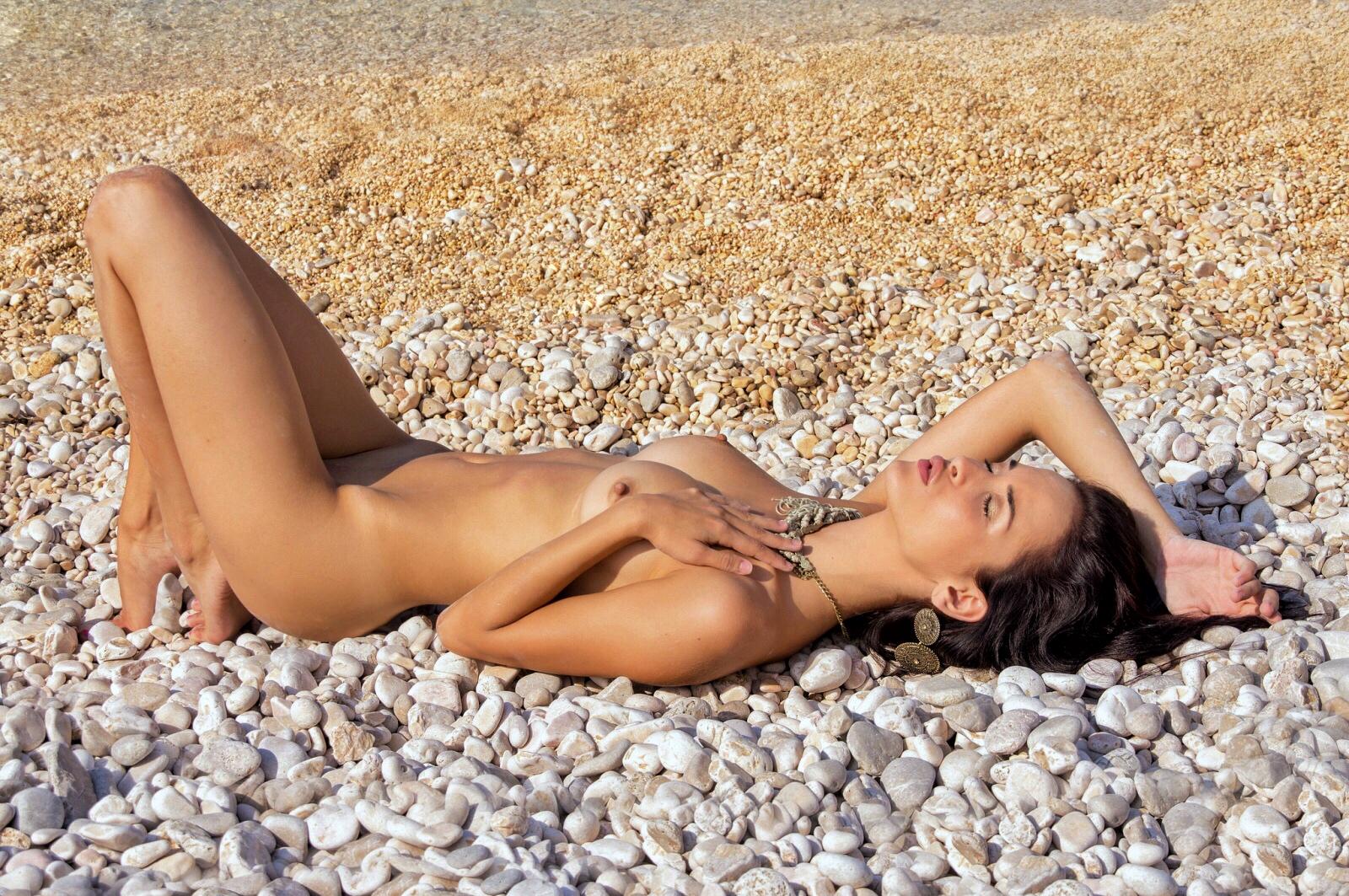 Nude Girl Croatia