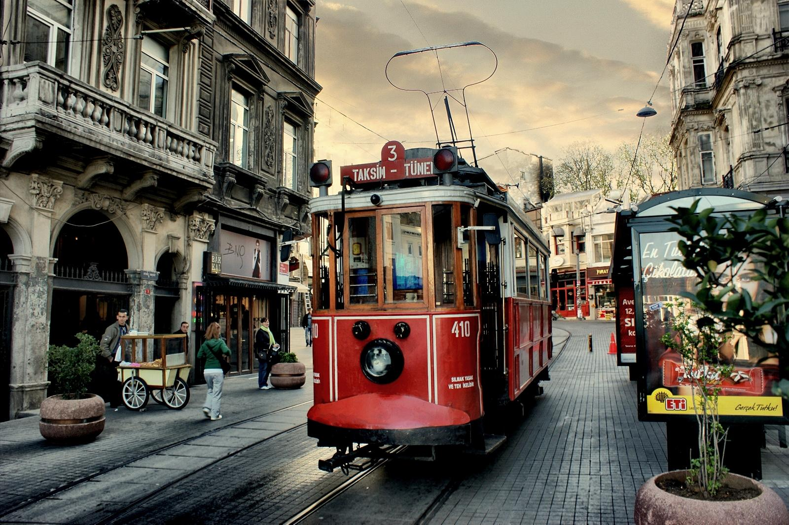 Red Istanbul Tram 410